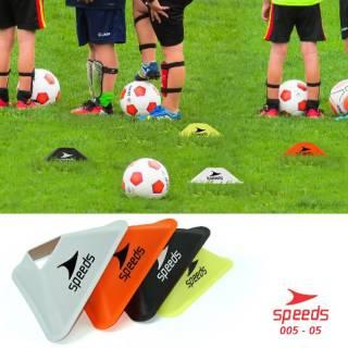 Cone Mangkok Model Segitiga Untuk Futsal, Sepak Bola Speeds 005-05 - silver